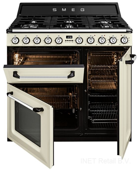Modern Kitchen Oven: Modern Country Style: Modern Country Loves: Smeg Victoria