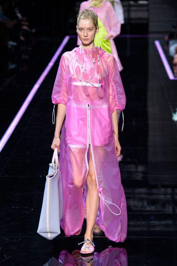 Tendenze moda P/E 2019. Bouganville