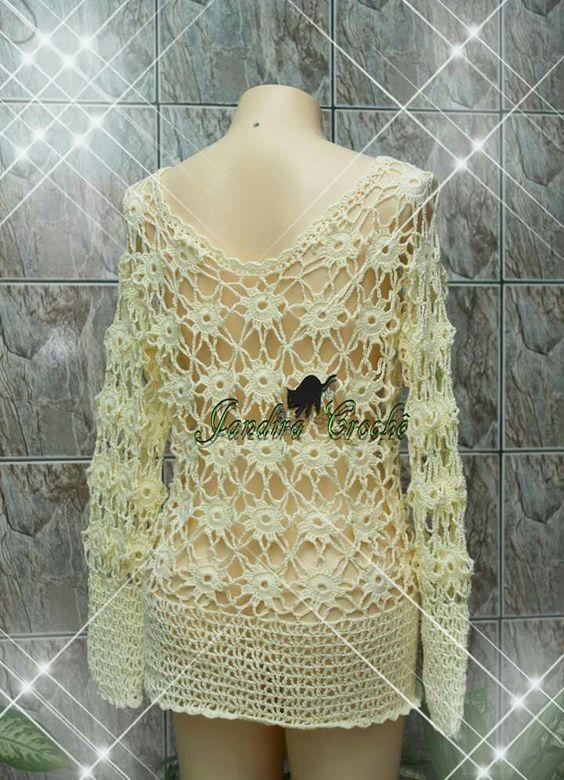 blusa em crochê feita com squares