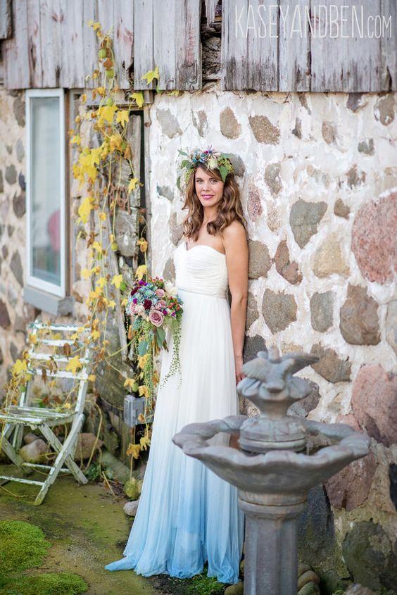 1000+ ideas about Dipped Wedding Dress on Pinterest  Wedding dresses ...