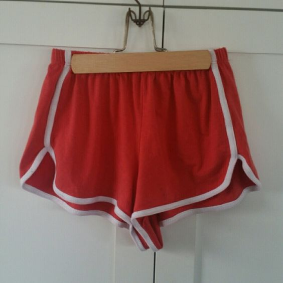 Brandy Melville red baseball shorts Cute athletic shorts, like new ...