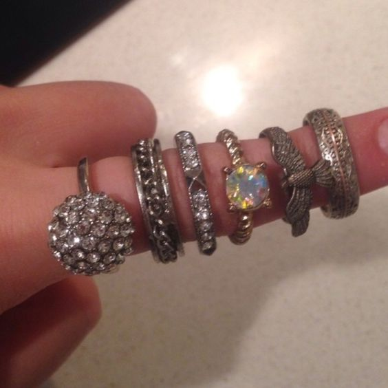 Rings Lightly worn costume jewelry perfect for any occasion :) selling all together for $10 Forever 21 Jewelry Rings