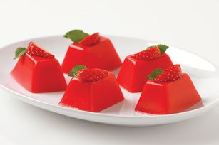Strawberries 'n Cream Minis | Jell-O Recipes