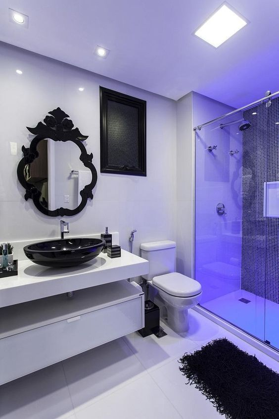 Fashionable Bathroom Interiors