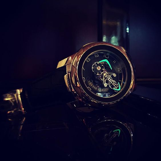 Those lime arrows for #tourbillontuesday @tourbillontuesday #freakinlume by watchyoulookinat