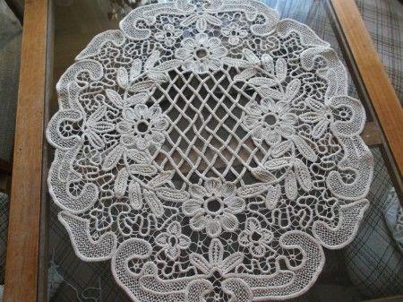 poentles radovi slike: Laces Pattern, Lace Poentlas, Lace 2, Ray Ban, Crochet Lace, Crochet Macramé
