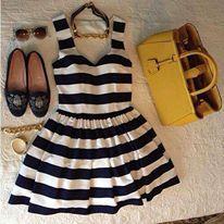 Vestido Preto & Branco Listrado...