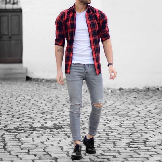 Red plaid shirt and #ripped jeans by @malikarakurt [ http://ift.tt/1f8LY65 ]: