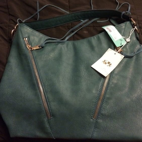 Stitch fix bag Brand new with tags Stitch fix Bags Laptop Bags