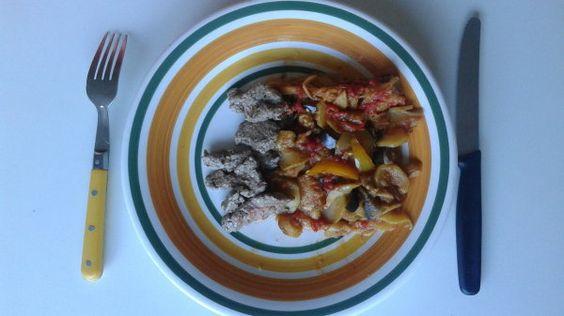 Ratatouille faite maison et ses morceaux de boeufs grillés