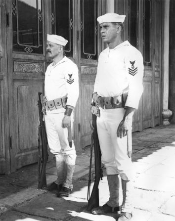 Steve Mcqueen, Richard Attenborough in The Sand Pebbles