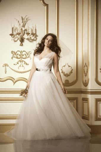 Best Wedding Dresses For Petite Curvy : The world s catalog of ideas