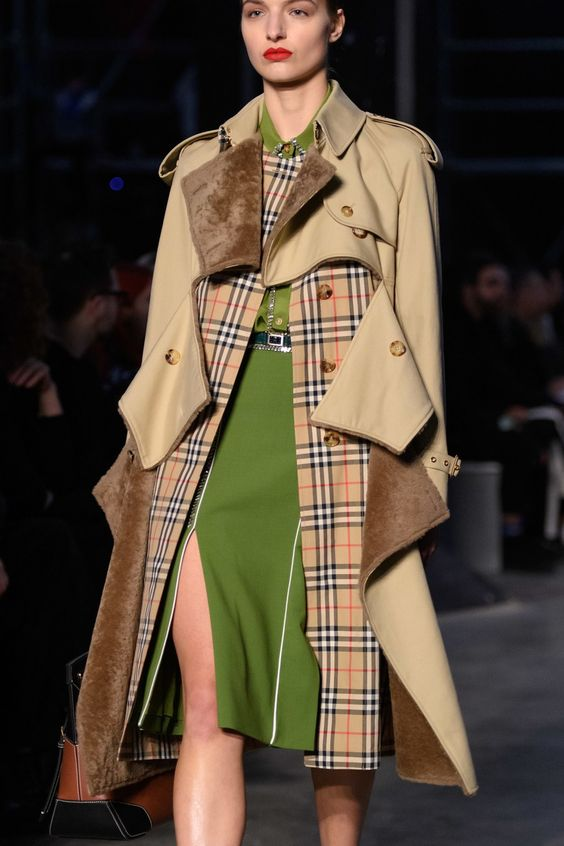 Burberry Fall 2019 Ready-to-Wear collection, runway looks, beauty, models, and reviews.