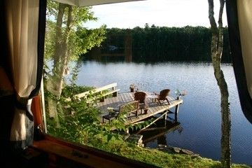 Lakeside Cottage Retreat: waterfront,v.private,canoe,kayak,fireplace,large dock!