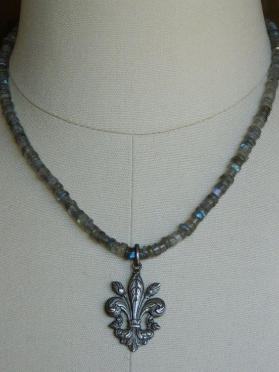 LABRADORITE HEART NECKLACE vintage repurposed by atelierparis