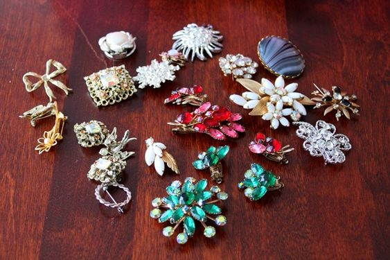 Brooch magnets.  Time to do some antique shop hunting!: