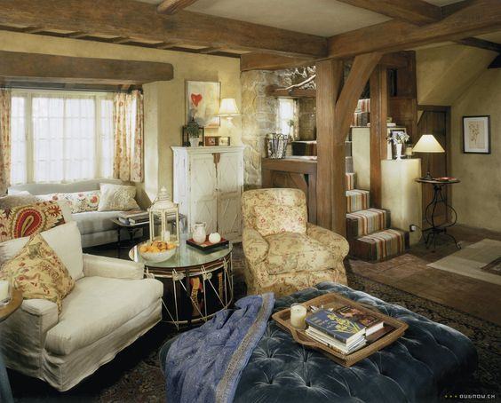 The Holiday: Iris' cottage living room