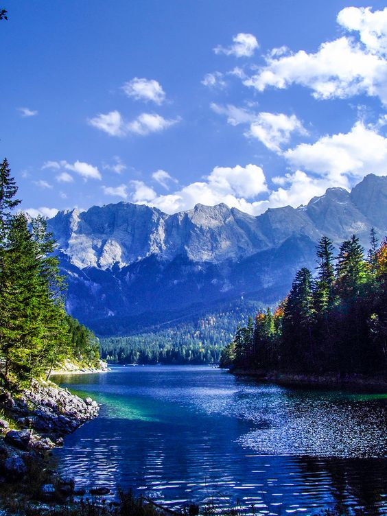 Eibsee, Bayern, Germany. Photo via Flickr / Paul Kendrick