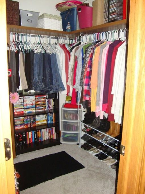 My Small Walk In Bedroom ClosetI Dont Like This Just The Rap Around Or L Shaped Shelf On Top