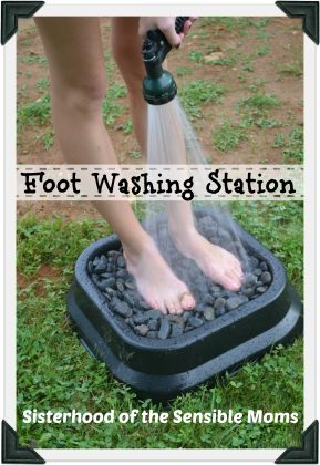 Great DIY Foot Washing Station - keep the great outdoors out of your house!!!