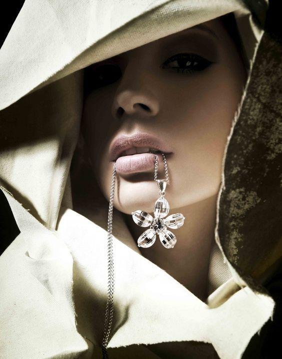Anne-Marie Simak | Ewelina Stechnij #photography: White Art Photography, Sum Lips, Black White Photography, Black And White, Beautiful Faces, Beauty Photos, Black White Photos, Beautiful Lips