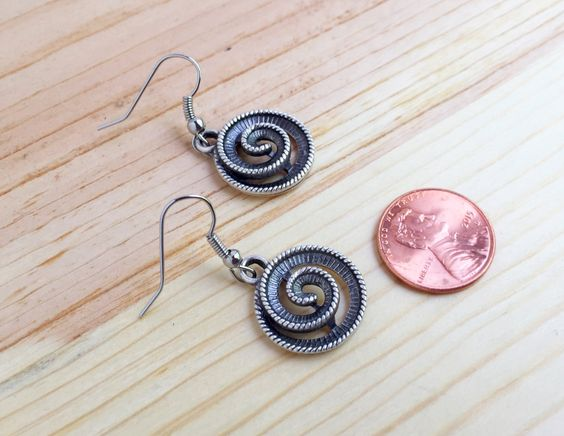 Silver spiral earrings, circle earrings, silver swirl earrings, swirly silver earrings by CraftingAwayTheFeels on Etsy