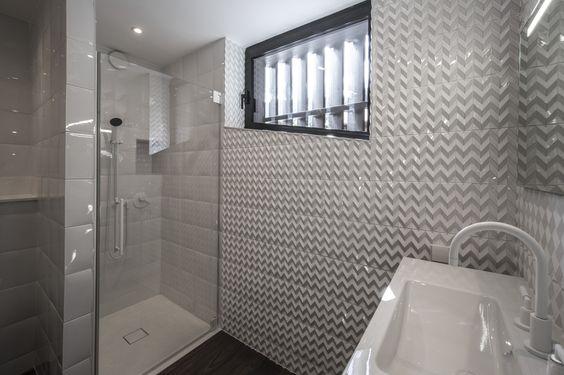 Pin by Ateliers Fauvel - Normandy Ceramics on Salles de bain - pose carrelage mural salle de bain