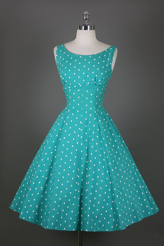 Vintage spring dress. Polka dots. I love polka dots!: