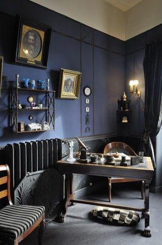 Maurice ravel la petite maison montfort l amaury in the dark blue office furnished in the - Deco bureau maison ...