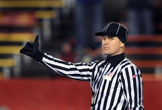JUST IN: Ed Hochuli's son, Shawn, is among 13 new officials the NFL has hired for 2014 » http://es.pn/Tn72zk pic.twitter.com/xwGf0lQXWh