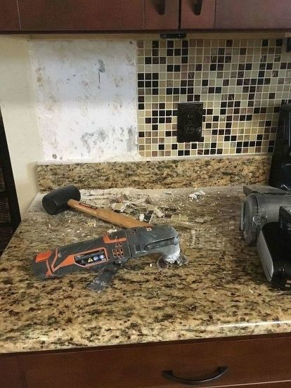 How To Make A Backsplash And 4 Granite Removal Diy Granite Backsplash Backsplash Faux Brick Backsplash