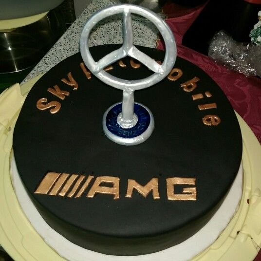 Cakes on pinterest for Mercedes benz cake design