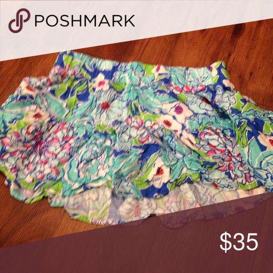 Lily Pulitzer mini-skirt Beautiful flowing mini-skirt blue themed Lilly Pulitzer Skirts Mini