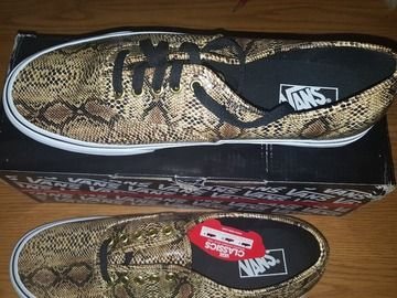 Too cool! Just listed on #shoezzamm #unisex #snakeskin #sneakers #streetstyle #style #shoes https://www.shoezzamm.com/en/listings/221391-brand-new-vans