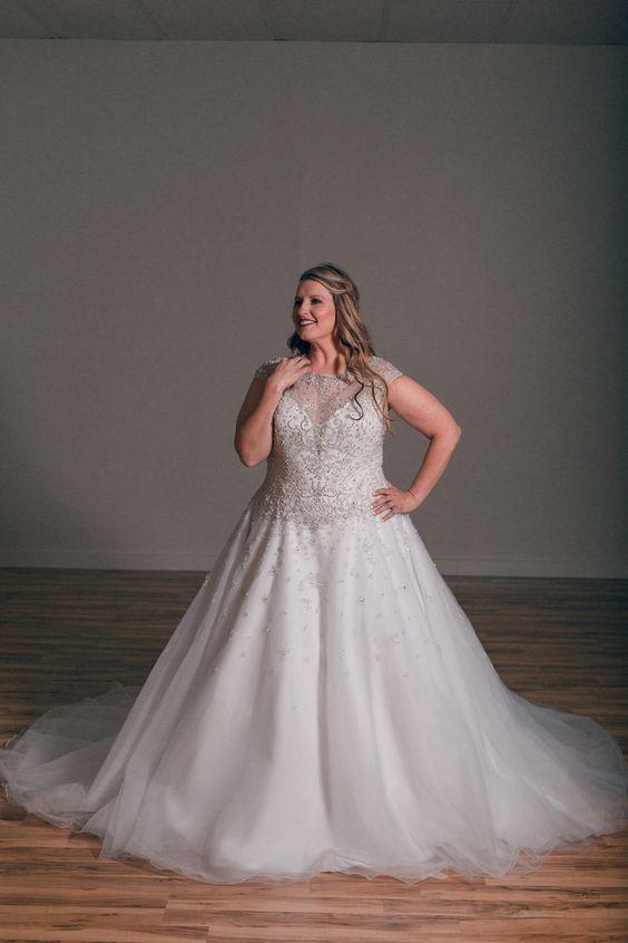 The Curvy Bride Boutique. Tulsa, OK.  Karolina Sposa C8063 . ON SALE NOW.  918-878-7595. Website: www.thecurvybrideboutique.com
