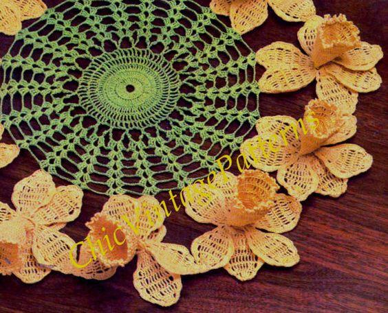 Crochet Doily ... Daffodil Doily ... by ChicVintagePatterns