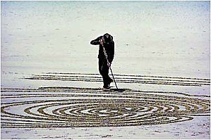 the best ..Peter Donnely sand art..