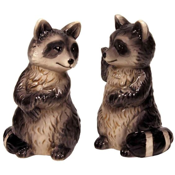 Novelty animal themed salt and pepper shakers that bring quirky fun to any kitchen table. These cute collectibles are made from quality porcelain and make a great gift for anyone looking to add some kitschy fun to their home! Measures 3