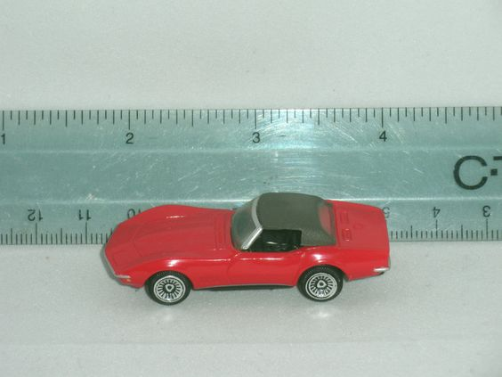 "MICRO MACHINES 1968 427 CONVERTIBLE COUPE CORVETTE COLLECTORS EDITION 2"" GALOOB  #MICROMACHINES"