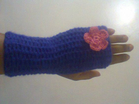 CROCHET HAND WARMER DONE BY MYSELF