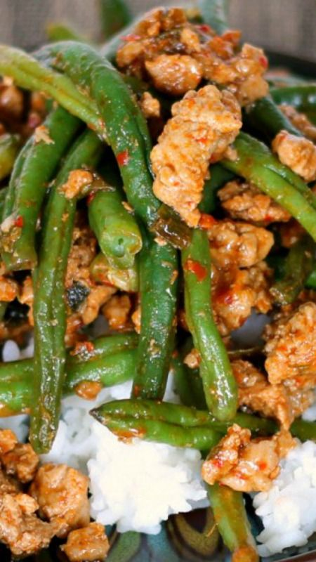 (MADE) Chinese Green Beans with Ground Turkey over Rice --- super easy, full of flavor, and so good!