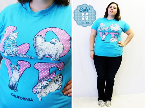 CLEARANCE  Plus Size  Vintage TShirt Blue Kitsch by TheCurvyElle, $6.00
