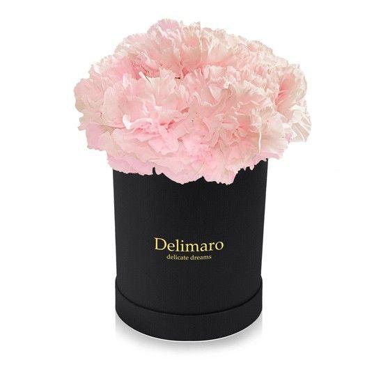 Rozowe Gozdziki W Pudelku Czarnym Flower Designs Delicate Flowers