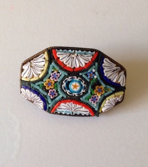 Stunning Vintage Pin Micro Mosaic Brooch Floral M2