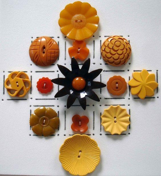 Vintage Flower Buttons 65