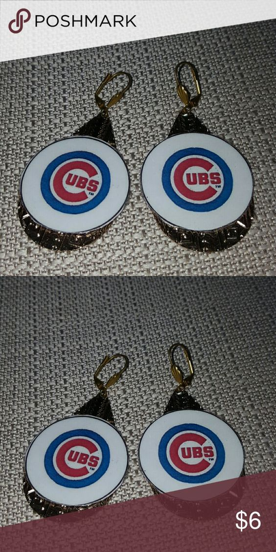 Chicago Cubs dangle earrings Chicago Cubs gold tone dangle earrings.   Surgical steel lever backs ear wires Jewelry Earrings