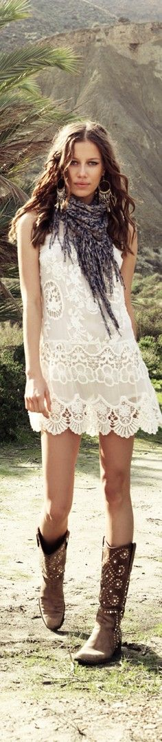 white lace dress with cowboy boots | Gommap Blog