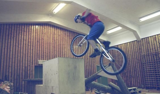 Riding indoor in Kongsberg.