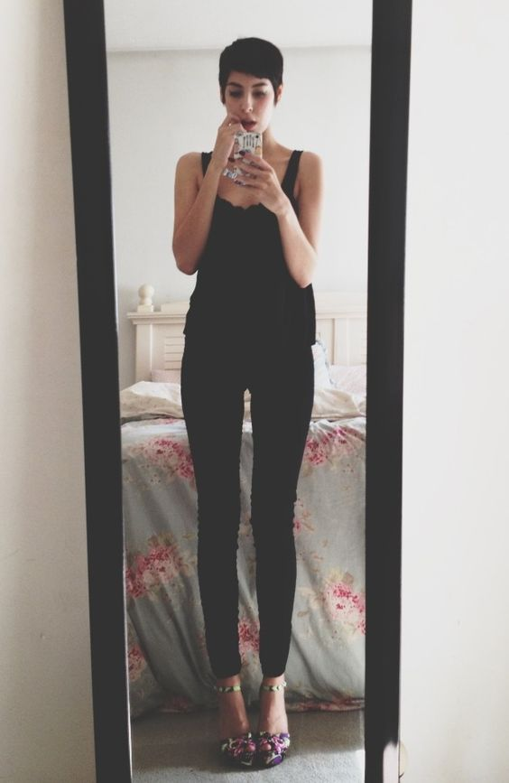rosaley: Summer goth.