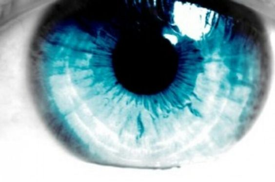 blue eye contact